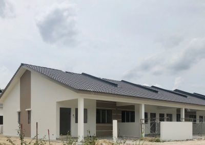 Phase 3 – Single Storey Terrace Houses (External Painting in progress)